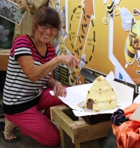 Rosemary cutting cake 2
